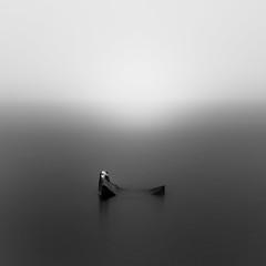 (Mat-S) Tags: lac de laffrey hand lacdelaffrey blackandwhite noiretblanc longexposure nd1000 hitech squareformat snow neige minimalism mist brouillard brume