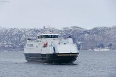 """Vågan"" og ""Rødøy"" (OlafHorsevik) Tags: vågan torghattennord thn ferge ferga ferry ferja ferje rv17 fv17 kystriksveien kilboghamn rødøy sørfjorden"