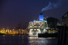 Aurora en Hamburgo (José Hidalgo) Tags: hamburg hamburgo puerto nocturna nikonflickraward