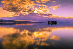 sunset 7809 (junjiaoyama) Tags: japan sunset sky light cloud weather landscape orange purple pink contrast color lake island water nature winter reflection calmness