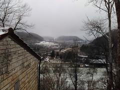Verschniehener Morgen (shortscale) Tags: schnee nebel morgen haus schwäbischealb autobahn a8 gruibingen