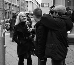 - sat.1 - (-wendenlook-) Tags: sw bw monochrome street streetphotography urban sat1 panasonic dmcg3 2017 40mm 1640 f17 iso160