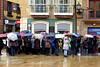 PARAGUAS EN OVIEDO (mflinera) Tags: oviedo asturias paraguas invierno lluvia