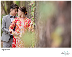wedding - may n jason (kuicheung) Tags: wedding bigday marriage event snap people bride groom bridesmaids groomsmen love smile friends family happiness weddingphotography weddingphotojournalist weddinggown realwedding hongkong canon 婚禮攝影 婚紗 婚宴 新人 新娘 新郎 接新娘 玩新郎 大日子 出門 囍 龍鳳褂 龍鳳鈪