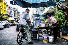 Drive thru (paulh192) Tags: vendor streetfood bangkokthailand people market asia travel leicasl voiglande5011nocton