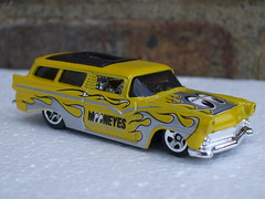 Hot Wheels 8 Crate Custom 1956 Ford Ranch Wagon Mooneyes Livery & Bright Yellow Paint (beetle2001cybergreen) Tags: hot wheels 8 crate custom 1956 ford ranch wagon mooneyes livery bright yellow paint
