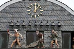 Glocken- und Figurenspiel am Markt - Goslar (Rick & Bart) Tags: goslar germany deutschland niedersachsen city urban rickvink rickbart canon eos70d historic architecture unescoworldheritagesite markt hotel glockenspiel sculpture