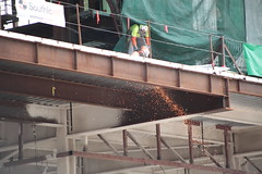 02Apr2018-SanFrancisco-IMG_3200 (aaron_anderer) Tags: sanfrancisco urban downtown city california 2018 mosconeconventioncenter grinding welding workers construction girder crane heights steelworker metalworker hardhat safety