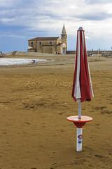 Caorle, spiaggia e Madonna dell'Angelo. (filippi antonio) Tags: caorle veneto venezia italia spiaggia mare vacanze paesaggio canon