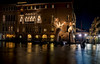 Support Venice (R.o.b.e.r.t.o.) Tags: venezia venice biennale italia italy artemoderna modernart mani hands lorenzoquinnscultore sculptor scultore artista artist scultura lagunaveneta canalgrande nikond850 casagredohotel building notte night luci light gondola gondole