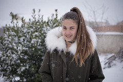 Océane (pilou.basco) Tags: portrait face visage neige snow white blanc beautiful belle cute canon eos 6d hiver winter 2018 sud france french