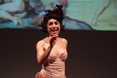 IMGP5026 (i'gore) Tags: montemurlo teatro fts salabanti fondazionetoscanaspettacolo donna donne libertà felicità ritapelusio satira ironia marcorampoldi pemhabitatteatrali