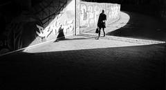 Follow the arrow (Leonegraph) Tags: tunnel kontrast contrast gegenlicht shadow schatten gebäude architecture architektur building perspektive perspective leonegraph streetphotographer streetphotography story urban spontan spontanious candid unposed human street 2018 europe germany deutschland city stadt monochrome bw blanco negro bn sw schwarz weis black white panasonicgx80 panasonic1235mmf28 mft microfourthirds hannover hanover