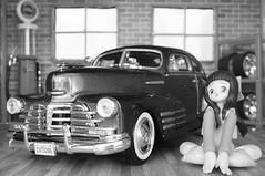 1948 Chevy Aerosedan Fleetline diecast 1:24 made by Motormax (rigavimon) Tags: diecast miniaturas 124 1948 chevrolet aerosedan miniature blancoynegro blackwhite diorama