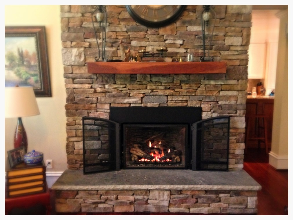 Mendota FV-44i Direct Vent Fireplace Insert. Harrison, Tn.