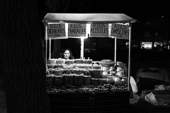 Ricos (.sl.) Tags: mexico mexique streetphotography ricos street streetfood food foodtruck nightshot blackandwhite bw