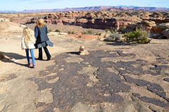 Violet & Mommy On The Slickrock Trail (Joe Shlabotnik) Tags: proudparents nationalpark utah hiking violet 2017 sue canyonlands november2017 canyonlandsnationalpark afsdxvrzoomnikkor18105mmf3556ged