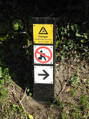 Danger/Prohibition Sign, Wharf, Kennet & Avon Canal, Bradford on Avon, Wiltshire 13 March 2018 (Cold War Warrior) Tags: danger warning hazard caution prohibition canal kennetavon bradford0navon wiltshire