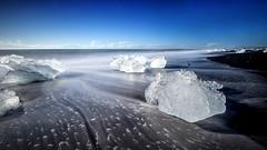 Daimond Beach (eins75) Tags: iceland beach strand plage ice eis diamond long exposure langueit belichtung sonne sun soleil landschaft landscape water wasser eau seascape