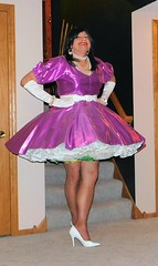 Magenta 2 (Deedee Fullskirt) Tags: crossdresser transvestite petticoat highheels