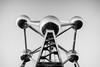 Atomium (Thomas Lanfray) Tags: atomimum bruxelles boules balls black white architecture architectural escalier scale