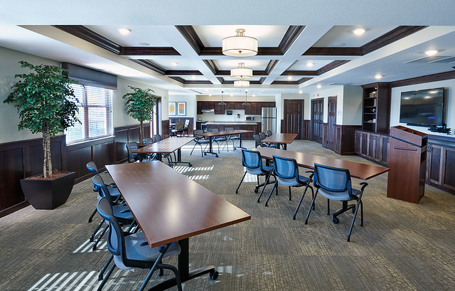 Cherrywood Pointe of Plymouth Community Room