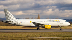 Airbus A320-214 EC-JFF Vueling (William Musculus) Tags: basel mulhouse freiburg airport euroairport spotting bsl mlh eap lfsb ecjff vueling airbus a320214 a320200