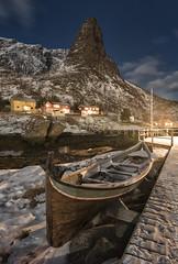 The fisherman's rest (Giovanni Garani) Tags: lofoten norway norvegia notte mare sea night inverno winter travel viaggio holiday vacanza reine