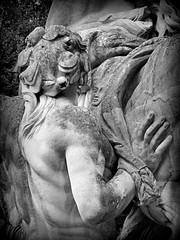 Chevaux d'Apollon (détail) (Raymonde Contensous) Tags: seineetmarne leschevauxdapollon châteaudechampssurmarne parcs statues art sculptures monochrome
