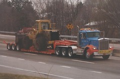 Kenworth Lowboy: HB and Sons (PAcarhauler) Tags: kw kenworth semi truck tractor trailer