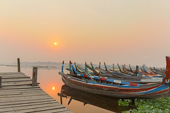 Myanmar-20180322-0684 (ShaneAndRobbie) Tags: amarapura mandalayregion myanmarburma mm myanmar burma mandalay ubein bridge sunrise favourite