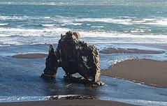 Island-Hvitserkur (Körnchen59) Tags: island hvitserkur basaltfelsen natur meer küste körnchen59 elke körner pentax ks2