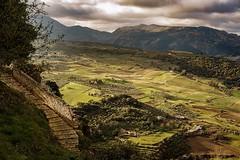 La escalera que baja al Valle (Miguel.Herrera) Tags: ronda valle