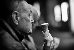 Ice cream cone (ROSS HONG KONG) Tags: cone ice icecream dessert sweets rome italy street streetphoto black white noir blanc monochrome leica m8 noctilux 095 50mm bw