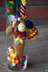 Chick in a vase (petrOlly) Tags: object objects europe europa germany deutschland moenchengladbach rheydt easter ostern wielkanoc eastereggs crochet handmade amigurumi spring easter2018