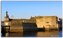 Concarneau (dalida '' on the road '') Tags: france bretagne baie contrefort mer