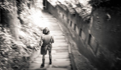 Getting Late #2 - Chengdu, China (成都, 中國) (dlau Photography) Tags: chengdu china 成都 中國 travel tourist vacation visitor people lifestyle life style sightseeing 游览 遊覽 trip 旅遊 旅游 local 当地 當地 city 城市 urban tour scenery 风景 風景 weather 天氣 天气 中国 monochrome 單色 单色 black white blackandwhite 黑白 黑 白 风景区 風景區 scenicspot