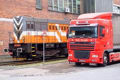 Cargo terminal (Wajdys) Tags: truck daf dormitory cargo terminal city zlin region machine czech czechia eu europe invitation followme photography photographer red amazing photo cool train crossing xf480 bohemia cabin přejezd vlak kamión flickr railroad