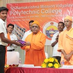 """Poly Annual Day 01 (19) <a style=""""margin-left:10px; font-size:0.8em;"""" href=""""http://www.flickr.com/photos/47844184@N02/40779718234/"""" target=""""_blank"""">@flickr</a>"""