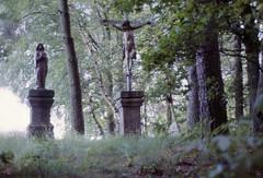 Bayern Gipfelkreuz Tiefenbach Oberpfalz 1987 (rieblinga) Tags: gipfelkreuz bayern oberpfalz 1987 analog revue dia 100 ac 2 madonna