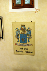 Pedroni Coat of Arms IMG_1583 (godutchbaby) Tags: balsemic condiments europe food italiandayswithalessandro italy italy2017 modena vinegar 840