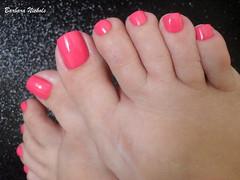 Risqué - Meus Souvenirs (Barbara Nichols (Babi)) Tags: risqué meussouvenirs rosa pink pés pésesmaltados feet nails nailpolish esmalterosa pinknailpolish pinknails