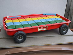 Vintage Tri-Ang Pressed Steel Pull Along Wagon With Building Blocks 1950's Toy (beetle2001cybergreen) Tags: vintage triang pressed steel pull along wagon with building blocks 1950s toy