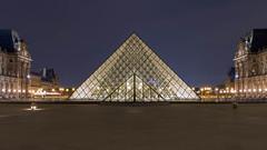 La Pyramide du Louvre (_cedric_) Tags: paris france eos7d canonfrance lelouvre pyramidedulouvre