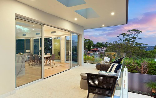 6 Ogilvy Rd, Clontarf NSW 2093