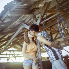 Cesha and Raymond, 2018. (Sly Panda) Tags: sly panda 120 film camera kiss jacana palawan yashica philippines medium format photography travel couple adventure