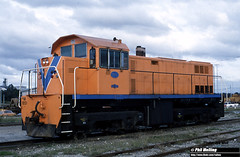 J729 M1851 overall Westrail orange (RailWA) Tags: m1851 philmelling westrail railwa joemoir