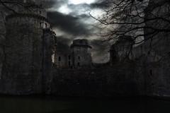 Entre chien et loup (ilana.greendel) Tags: château castle breizh bretagne brittany