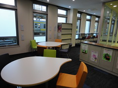 2F図書室(2)