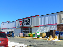 Tractor Supply Co. (Jewett City, Connecticut) (jjbers) Tags: jewett city griswold connecticut march 17 2018 tractor supply co former ames